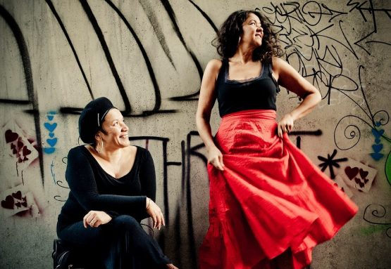 Vika and Linda Bull sessions